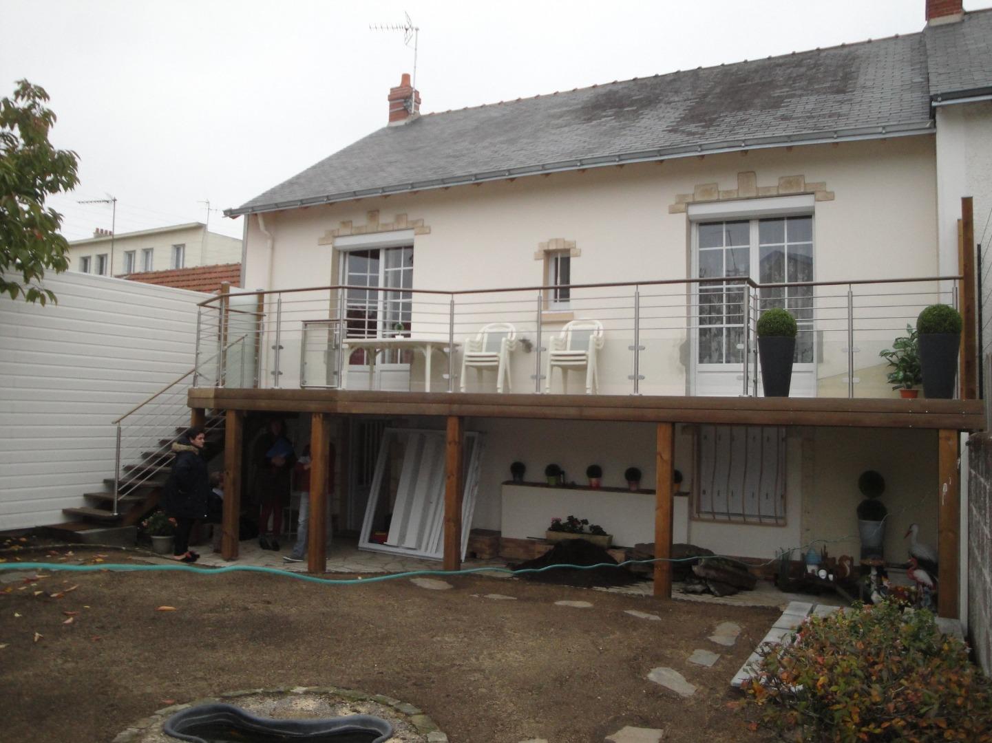 Terrasse sur poteaux en Kébony à Nantes